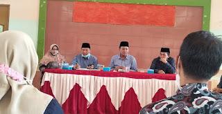PROGRAM: Persiapan sosialisasi Perpres 64, Kepala Kantor Kemenag Lotemg kumpulkan semua ketua kelompok kerja madrasah.