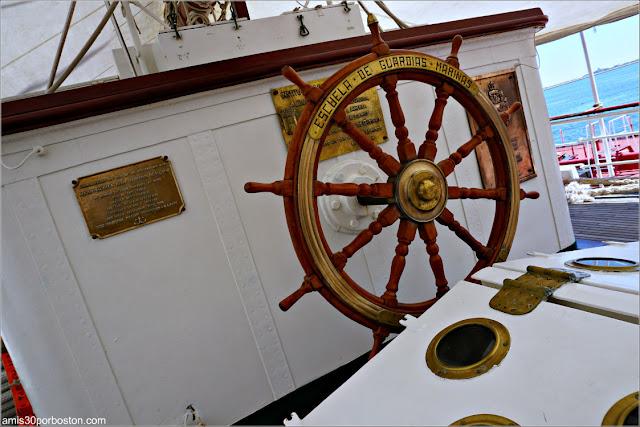 Timón del Buque Escuela de la Armada Española Juan Sebastián de Elcano