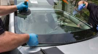 Whеn tо Repair оr Replace а Damaged Windshield