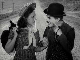 """Чарли Чаплин и Полетт Годдар в """"Новых временах"""" (1936)"""