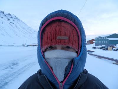 paseo-de-coal-miners-cabien-a-longyearbyen-svalbard-noruega-enlacima