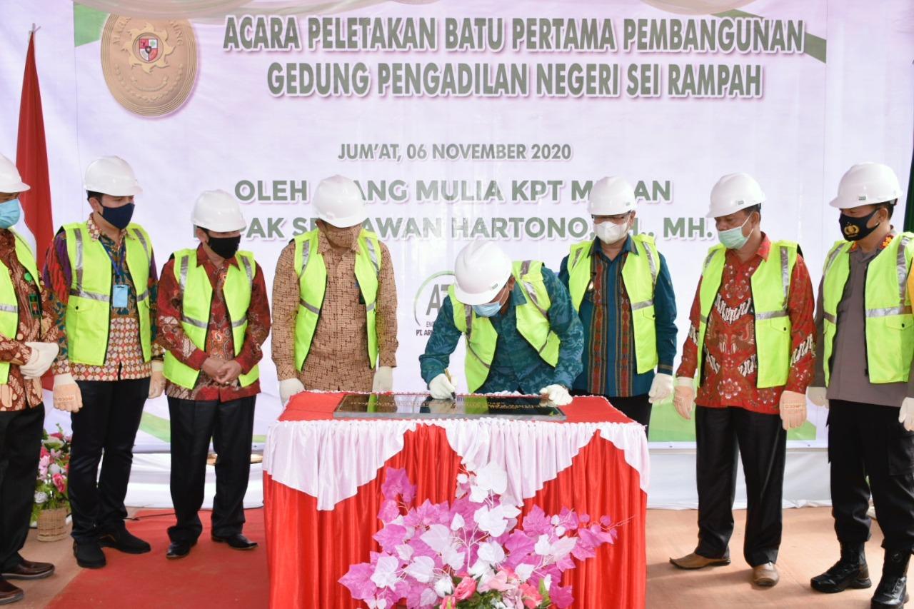 Pjs Bupati Sergai Mendukung   Pendirian Gedung PN Sei Rampah