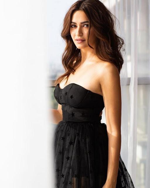 Actress Kriti Kharbanda Latest Hot Photo Shoot Photos Navel Queens