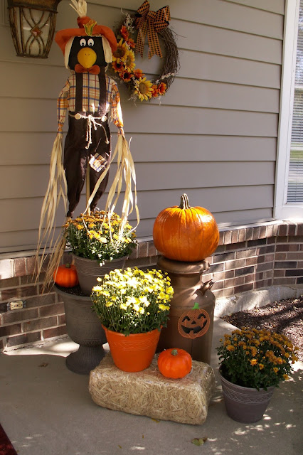 Ideas on how you can decorate your home's outdoor areas for the fall season.