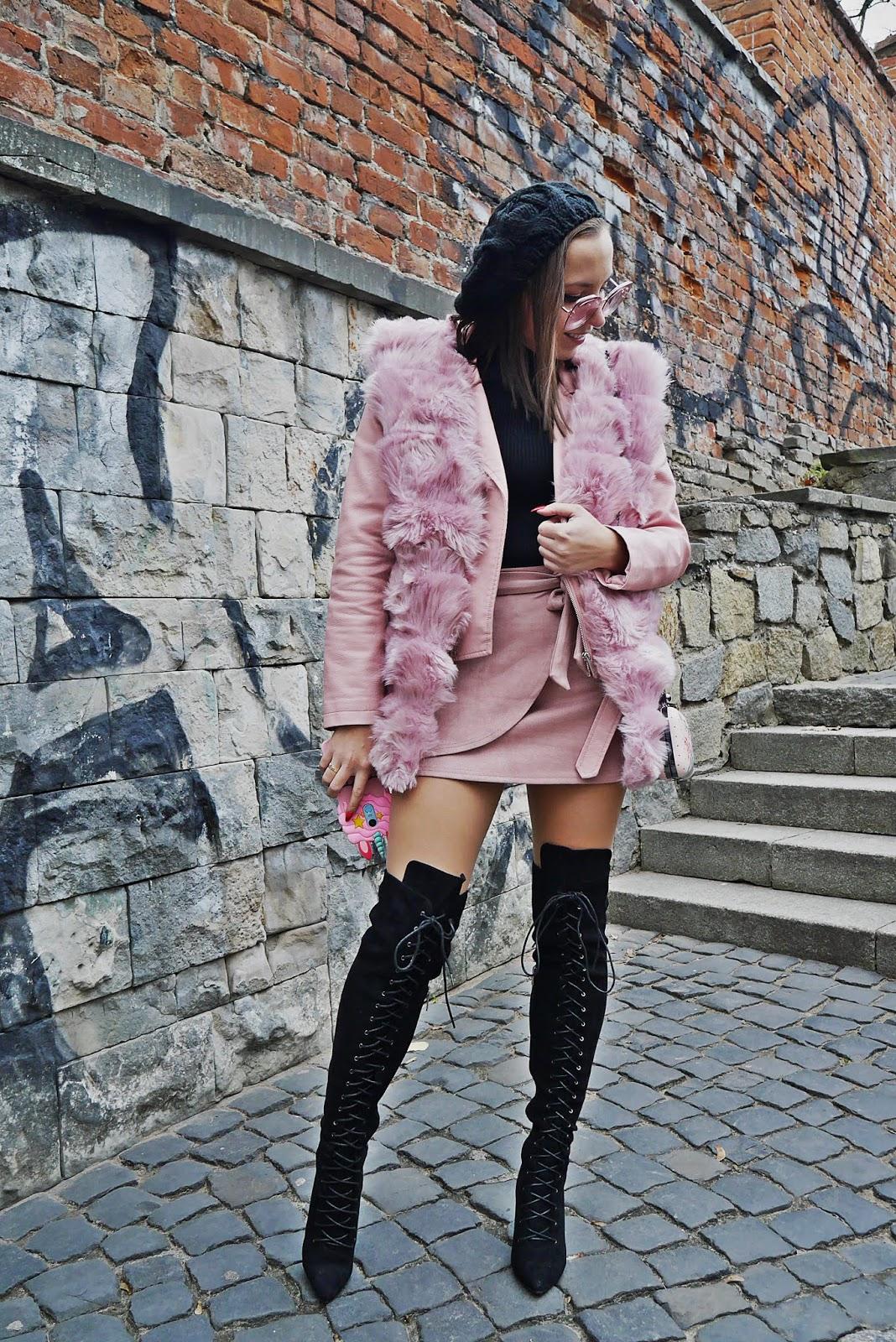 futrzana różowa kamizelka futerko renee czarny golf beret okulary obudowa plecki 3d xiaomi 5 plus karyn blog modowy blogerka modowa karyn