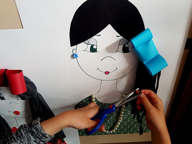 otwieramy fryzjerskie podziemie - nauka wycinania - zabawa we fryzjera - mała motoryka - przedszkole - przedszkolak - zabawy dla przedszkolaka - jak nauczyć dziecko wycinać nożyczkami -zabawy dla dzieci