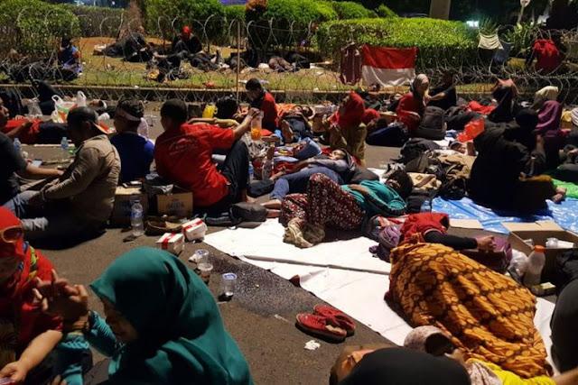 Guru Honorer: Jokowi Tak Butuh Suara Kami di Pilpres