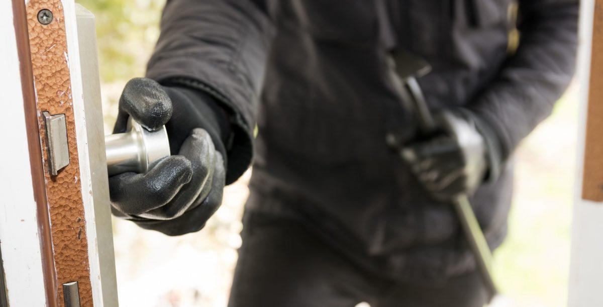 Πρώην κλέφτες αποκαλύπτουν 10 πράγματα που αποτρέπουν τους διαρρήκτες να μπουν σε ένα σπίτι