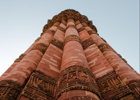 Ngắm nhìn tòa tháp xây bằng gạch cao nhất thế giới ở Ấn Độ