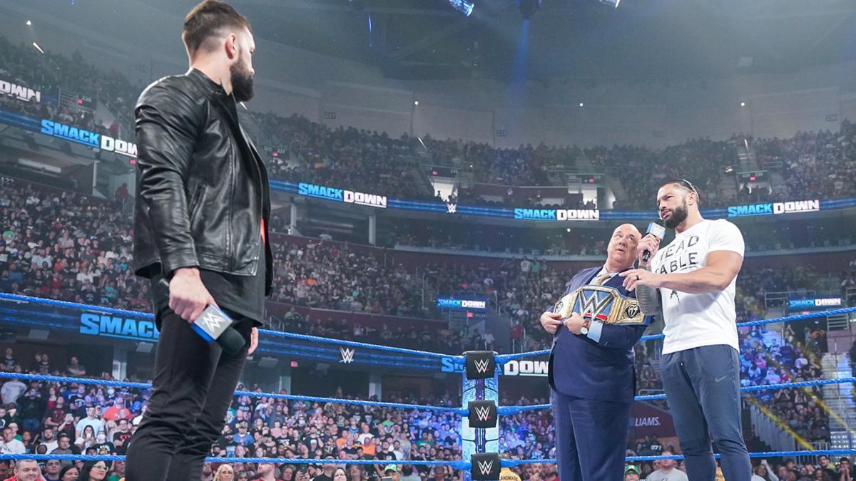 Roman Reigns nem áll ki John Cena ellen