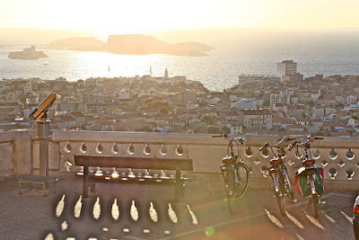 carbon road bike rental shop in marseille
