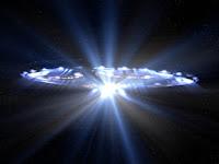 La naissance de La Lumière qui est en nous et la naissance de l'amour qui est nous se situent au-delà du temps et de l'espace.