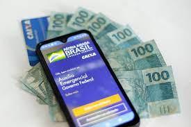 Guedes afirma que pagamento do Auxílio emergencial poderá ser prorrogado