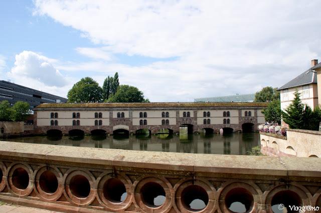 La diga difensiva di Strasburgo realizzata su progetto di Vauban