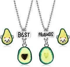 Best buds necklace