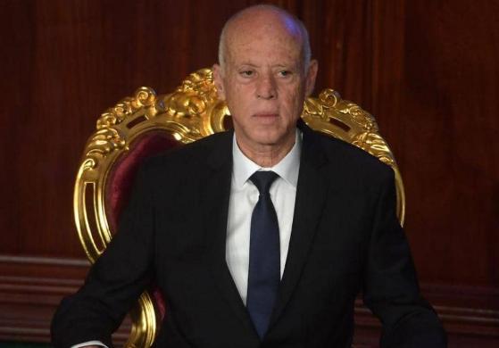 """إغماء وفقدان شبه كلي للبصر… معطيات جديدة حول محاولة """"تسميم"""" الرئيس التونسي يكشف عنها الديوان الرئاسي"""