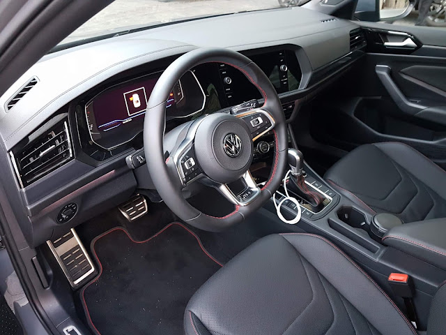 Novo VW Jetta GLi 2020