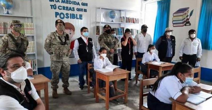 MINEDU entrega biblioteca y material educativo a colegio del Vraem
