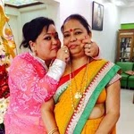 Bharti Singh with her mother