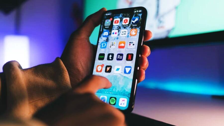 هل توفر هواتف الآيفون حماية قوية للمستخدم