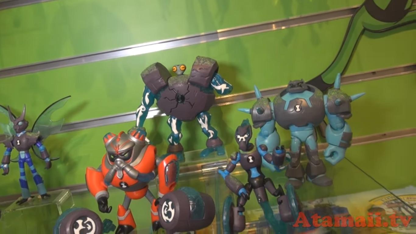 OmniNews: Omni-Enhanced Figures, XLR8, New Omnitrix Toy