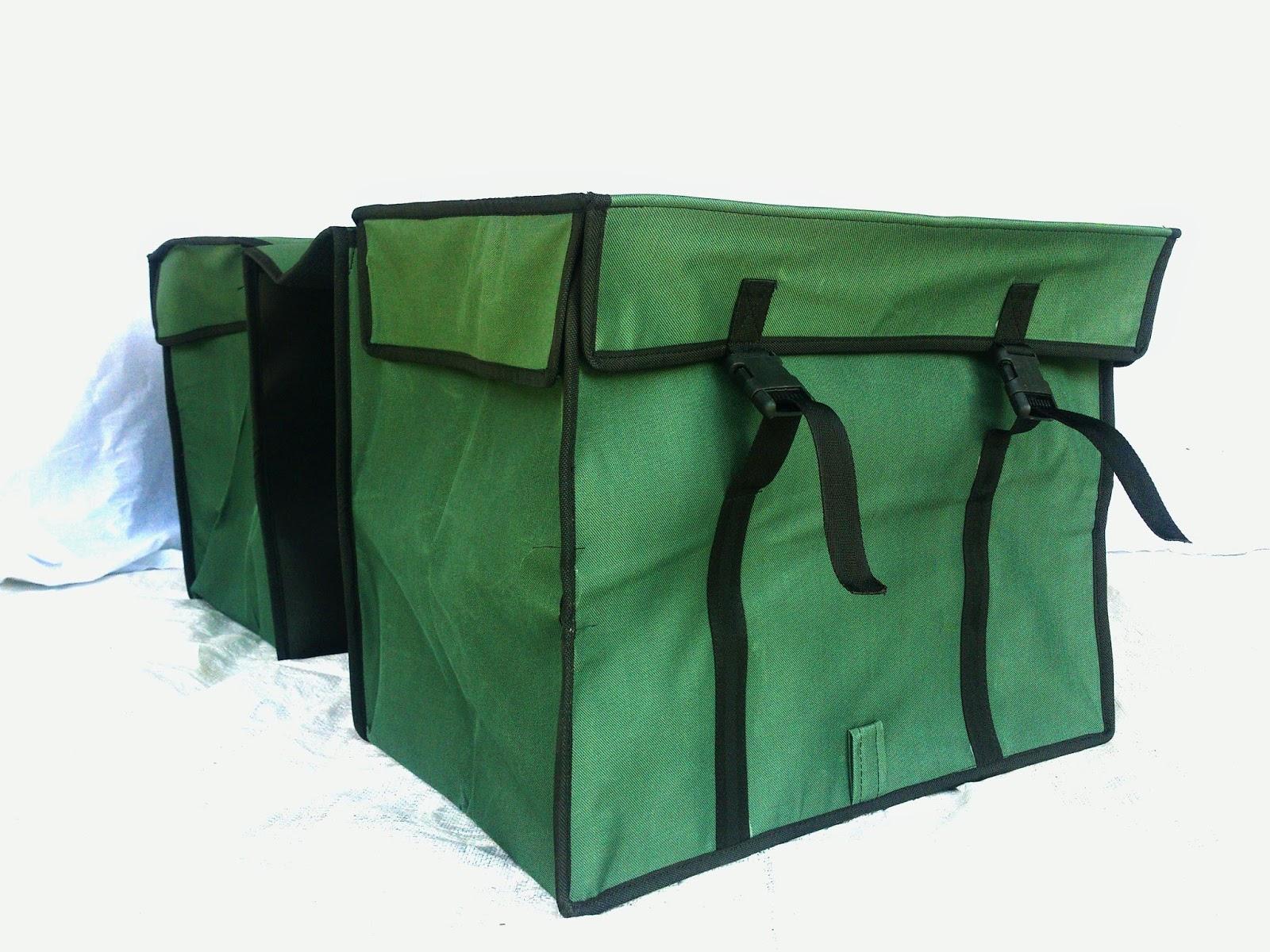 Jual Tas Motor Obrok Anti Air Lapis Spon Gudang Fashion Cover Biru Wikie  Cloud Design Ideas 59af773e61