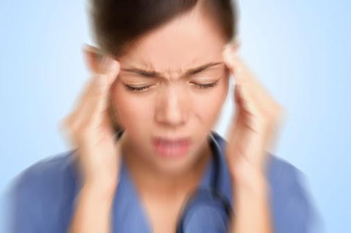 Hoa mắt chóng mặt do não không nhận đủ máu để cung cấp đủ oxy