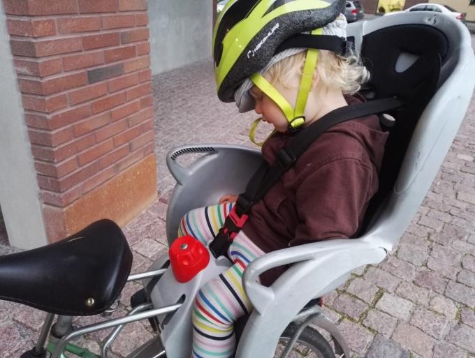 Pyöräily lasten kanssa - Hamax Sleepy