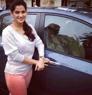 Priya Bapat With Car