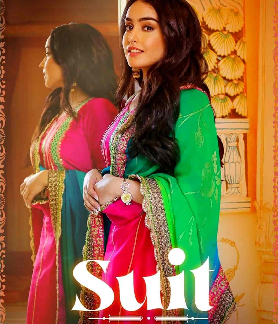 Suit Punjabi Song Image Features Barbie Maan