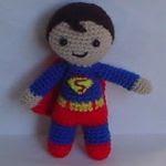 http://elmundodelosamigurumisdeana.blogspot.com.es/2015/07/superman-amigurumi.html#more