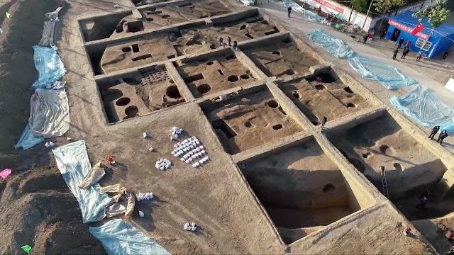 4,000-year-old granaries discovered in central China