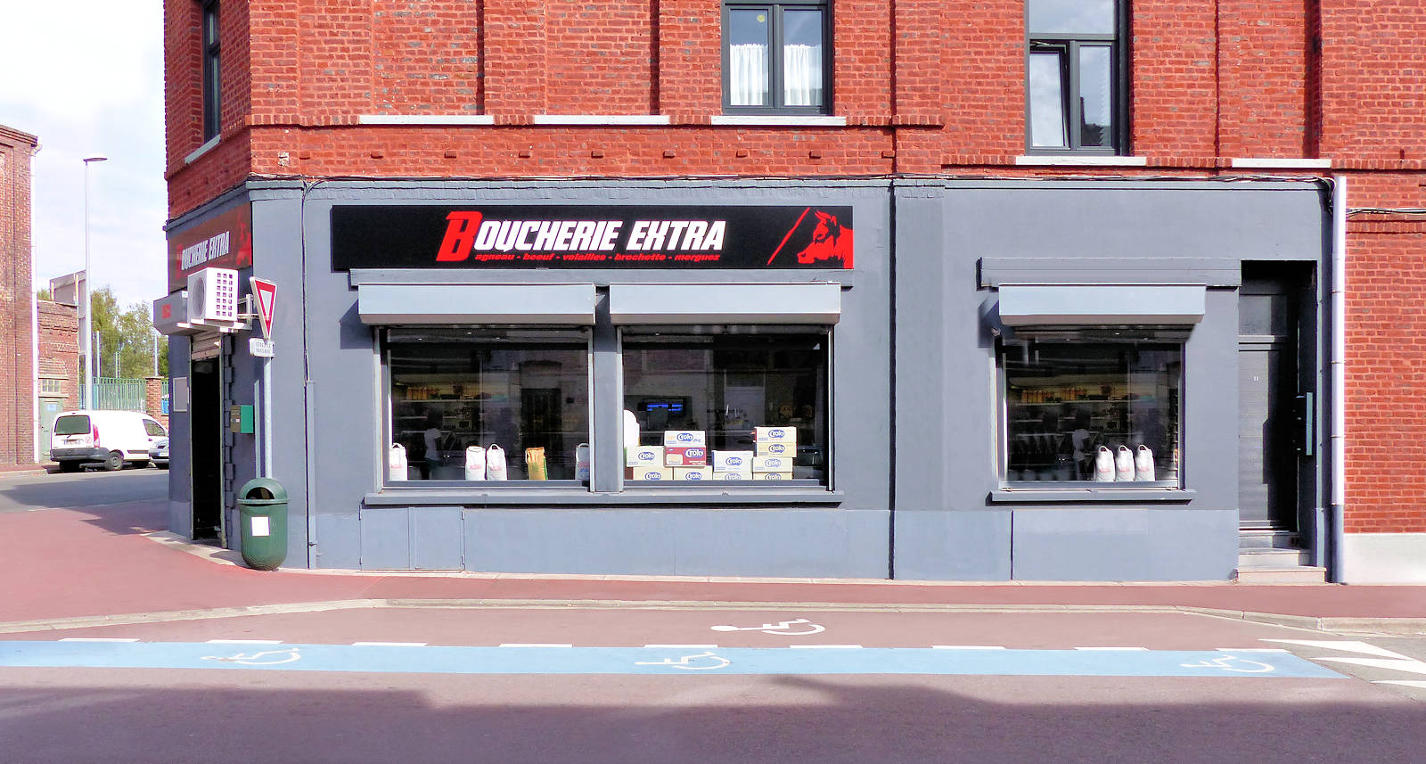 Boucherie Extra Tourcoing - Vitrine
