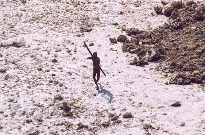 Sentinel Suku Primitif Terasing dan Ganas