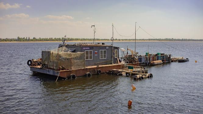 ЦИтадель на воде Волгоград Волга жара лето