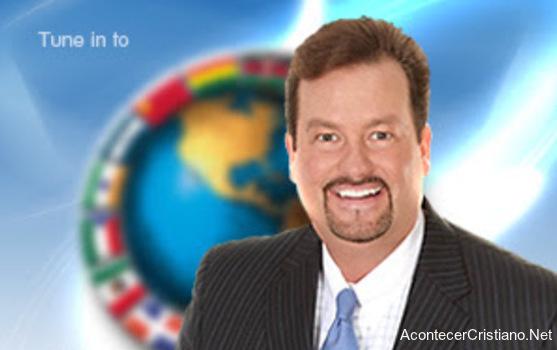 Tele evangelista Todd Coontz pide dinero a cambio de bendiciones de Dios
