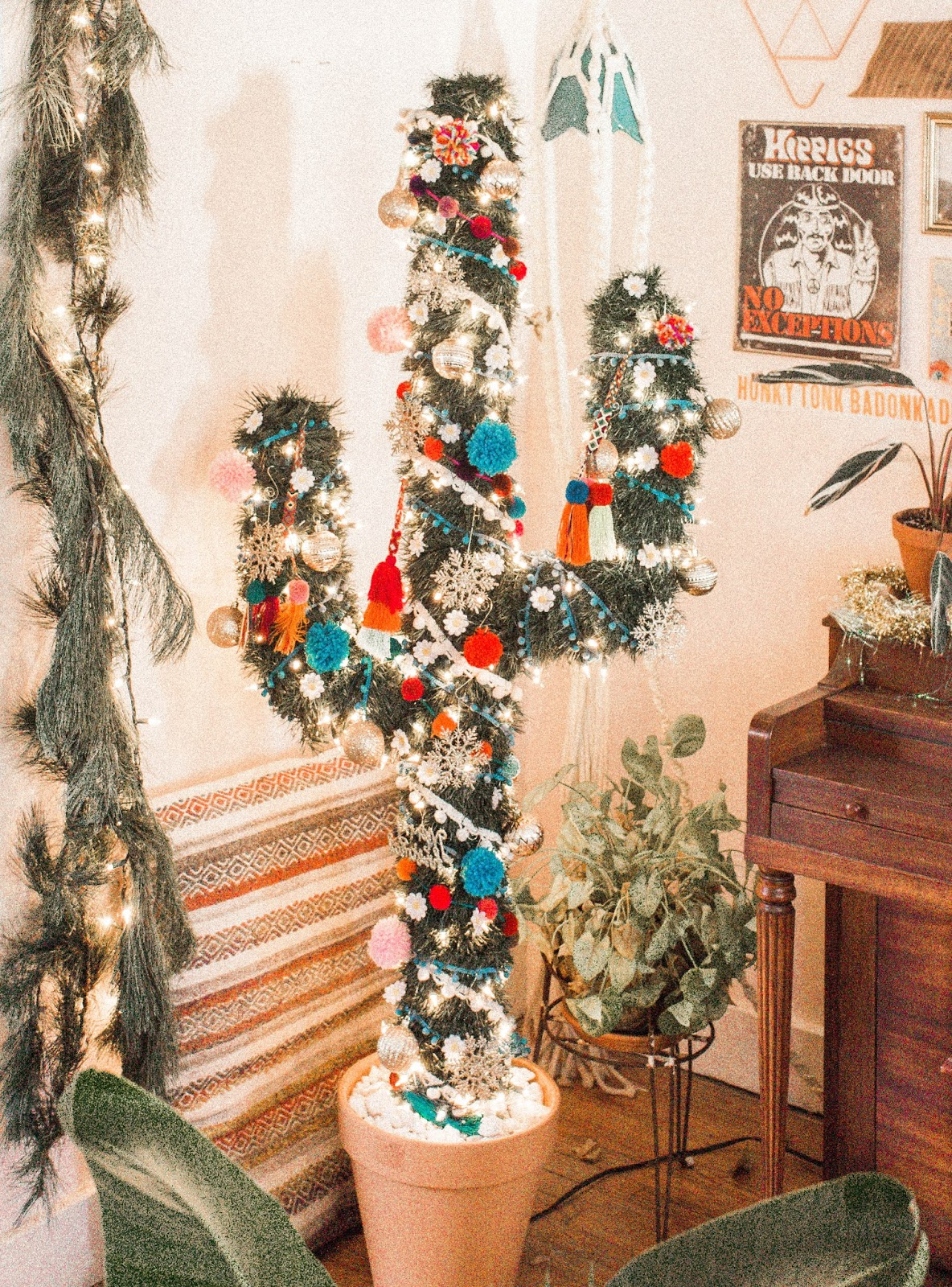 Cactus Christmas Tree.Diy Cactus Christmas Tree