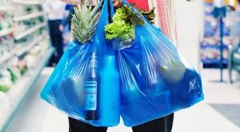 Βάλτε χαράτσι στις πλαστικές σακούλες!