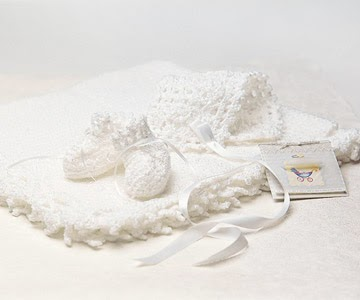 booties, blanket, bonnet, free crochet baby patterns