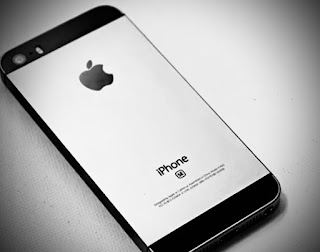 iPhone SE2 Come With A13 bionic Chip,iPhone SE2 price in india,iPhone SE2 price,iPhone SE2  features,iPhone SE2 specifications