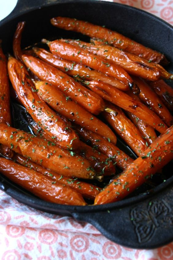 BROWN SUGAR BAKED CARROTS #brown #sugar #baked #carrots #veganrecipes #vegetarianrecipes #vegetablerecipes