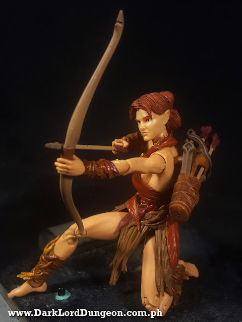 Vitruvian HACKS Aiyana Elven Archer - Autumn Guard - Action Figure