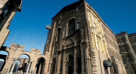 Castello Di Cartone Art Attack : La botta di culo del castello di rivoli gabo su torino