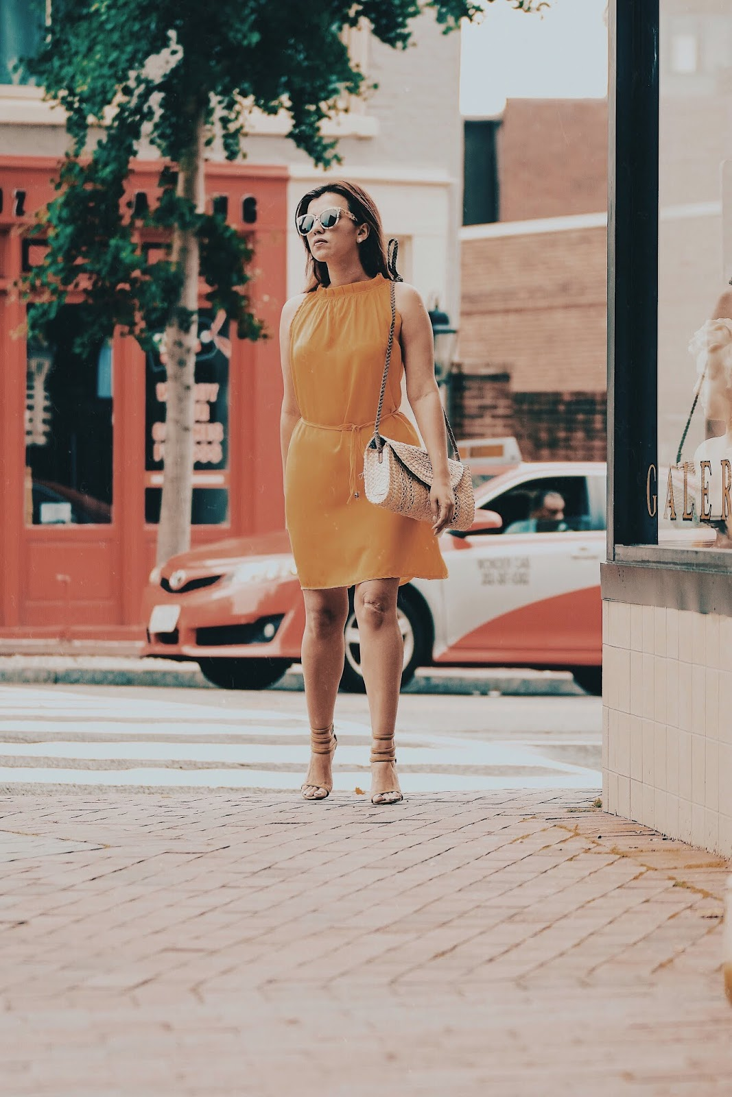 Back To The Beginning-mariestilo-lookoftheday-mural-georgetown-travelblogger-dcblogger-fashionblog-travelblog-vestidos-verano2018
