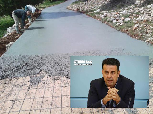 Κωστούρος: Ξεκίνησε το έργο της αγροτικής οδοποιίας στα Δ.Δ. Αραχναίου, Μηδέας και σε Αμαριανό, Αμυγδαλίτσα