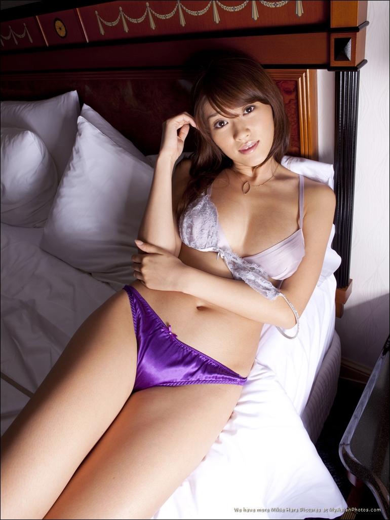 Hara mikie japanese actress gravure idol 3