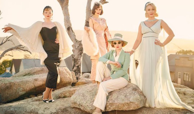 A photo from the movie of The Dressmaker