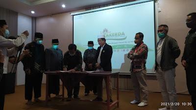 Hidayatullah Lombok Tengah dan SMAN 4 Praya Luncurkan Gerakan Rabu Mengaji
