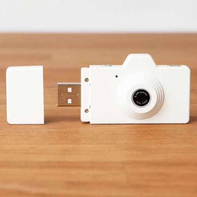 محرك أقراص فلاش USB مزود بكاميرا صغيرة مدمجة