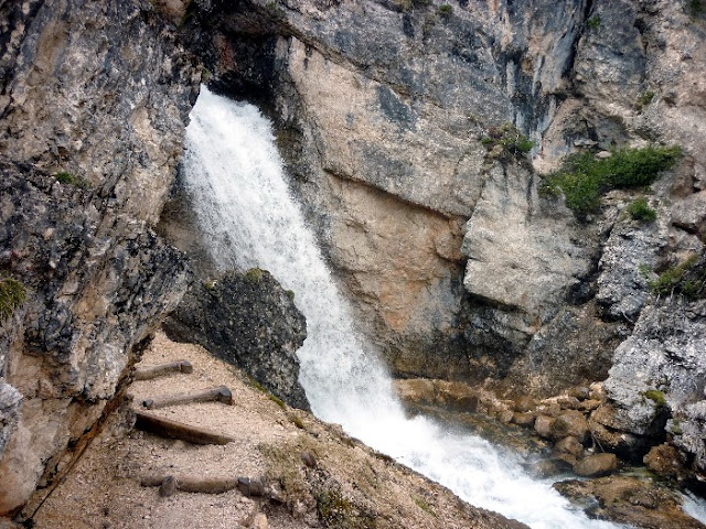 sentiero cascate di fanes, cortina